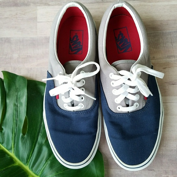 af00f985f0 Vans Era Lace Up Sneakers. M 5acd36a28df4707d2315336d